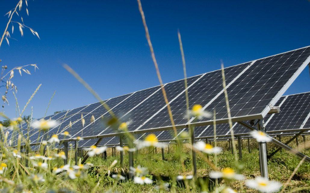 Bảng giá lắp đặt hệ thống điện năng lượng mặt trời mới nhất