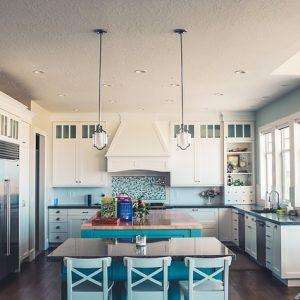 Phòng bếp có thể kết hợp với bộ bàn ghế ăn thuận tiện