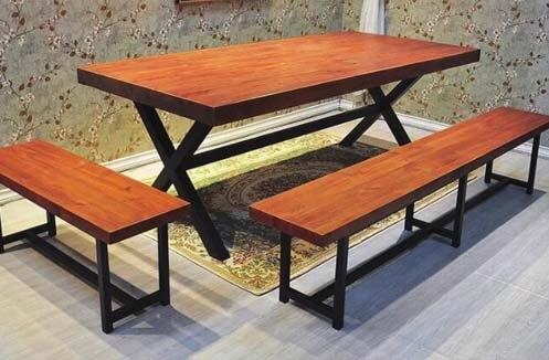 Bàn ghế gỗ nhà hàng đẹp kiểu dáng đơn giản