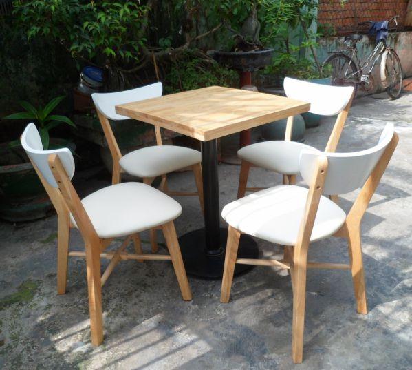 Nhược điểm của bộ bàn ghế gỗ ngoài trời thanh lý